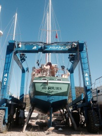 40 Jours, Le Bateau, on the shipyard getting ready to be put into sea...